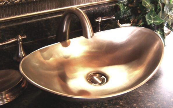 bồn rửa mặt bằng đồng