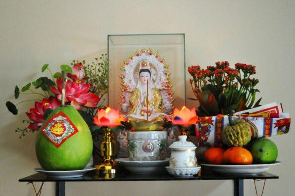 Cách đặt bàn thờ Phật trong nhà và những lưu ý khi thờ Phật tại gia