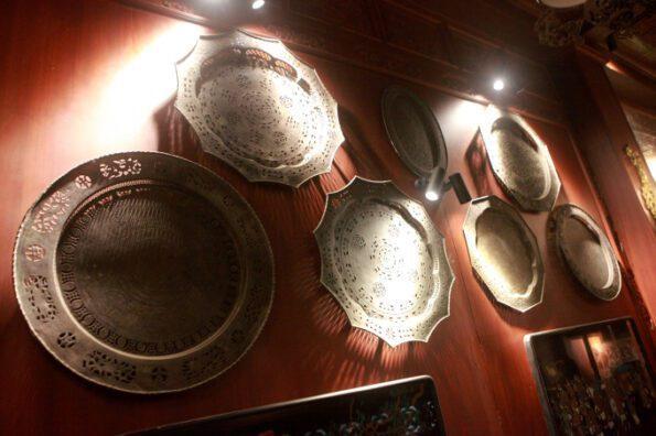 mãn nhãn với 100 chiếc mâm đồng cổ sưu tập được tại một ngôi nhà ở hà nội